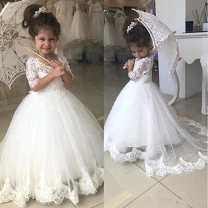Lovely Flower Girl Dresses For Weddings Half Sleeve V Neck Lace Appliques Sweep Train Child Birthday Party Gown First Communion Dress BC2526 on Sale