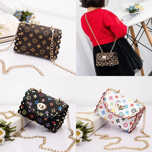 Wholesale Fashion Kids Designer Handbags MINI Girls Metal Chain PU Leather Messenger Bags Coin Purse Wallet Children Princess Party Bags