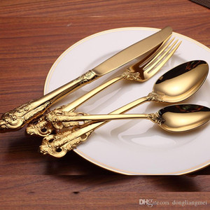 Wholesale 2019Vintage Western Gold Plated Dinnerware Dinner Fork Knife Set Golden Cutlery Set Stainless Steel Pieces Engraving Tableware wn584 set