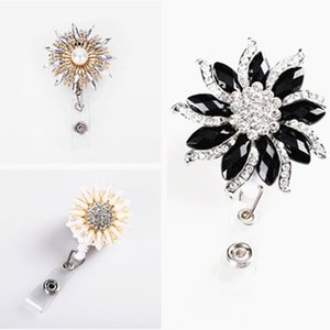 Wholesale New Quality Handmade Bling Crystal Nurse Badge Reel Clip Cute Fashion Students ID Card Badge Holder