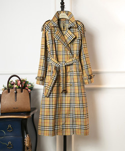Wholesale Women s spring new counter with the same classic plaid long double breasted trench coat