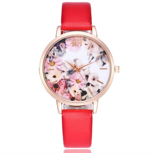Women Watch Quartz Watch Leather Belt Simple Design Flower Pattern Round Dial Rugged Big Round Classic Dial Flowers Pattern