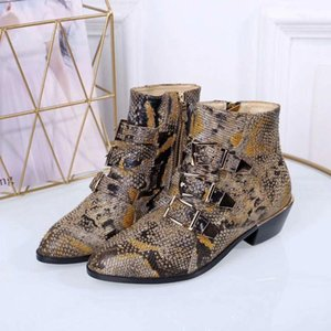 Wholesale Women Designer Leather Walking Show Boots Ladies Fashion Long Styles Boots m189601