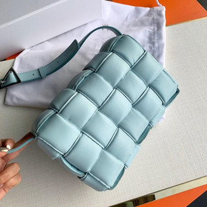 Wholesale handbags messenger bags s for sale - Group buy Handbag designer luggage women s messenger bag leisure temperament pleated Plaid woven cow leather pillow bag