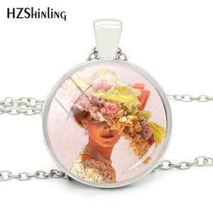 Wholesale 2019 New Fashion Victorian Lady Vintage Collage Necklace Silver Beautiful Glass Pendants Jewelry