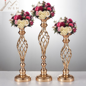 Wholesale 10 golden flower vases candle holder stand wedding decoration lead table centerpiece pillar chandelier for party