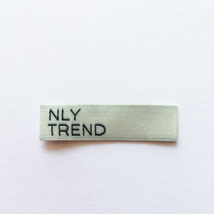 neck label woven label for clothing custom 250pcs custom made apparel labels Pink and white ultrasonic cut label for cloths