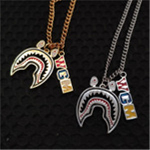 Wholesale Shark Necklace Hip Hop Pendant Titanium Steel Neck Chain Necklaces For Men And Women Jewelry Hot Sale mw H1
