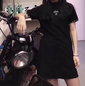 Wholesale 2019 New design fashion women s summer logo letter embroidery short sleeve black color punk o neck casual short dress sports dress M L XL