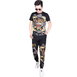 2019 New Casual Suit Hot Drilling Cotton Short-sleeved T Shirts Trousers Printing Tiger Head Two-piece Mens Designer Tracksuits Size L-6XL on Sale