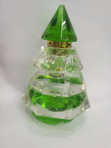 Wholesale The source of Chinese manufacturers Christmas tree shaped crystal perfume bottles capacity is ml size can be customized color can also