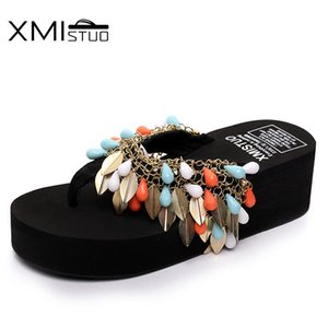 Wholesale XMISTUO Simple fashion sequins chain beaded diamonds increase flip flops students white collar vacation sandals sandals slippers