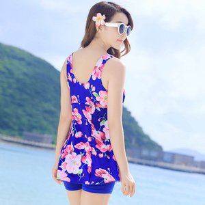 Wholesale 2019 New women swimming sport large size swimsuit skirt type loose a conservative mom was thin split boxer hot spring swim suit dress fat