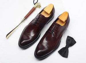 Wholesale Men s Dress Oxfords Men s Brogues Brown wine Red Carved Leather Shoes Business Dress Party Lace up Shoes