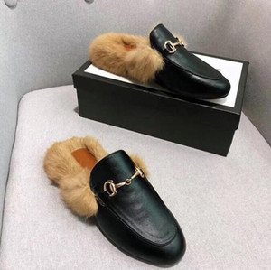 Wholesale Fashion Designer Women Fur Slippers Loafers Genuine Leather Mules Princetown Women White Black metal chain Casual Flat Shoes Slippers