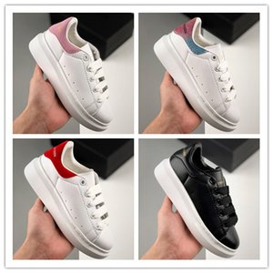 2019 Designer shoes for Boy Girls fashion leather sneakers 3M reflective black white velvet Thick-soled flat Height Increasing kids casual s