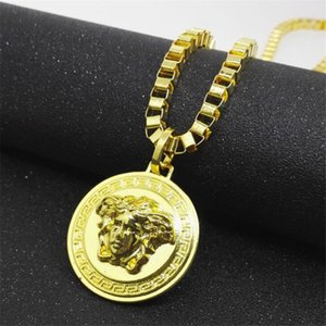 Wholesale Men Gold Hip Hop Necklaces Fashion Portrait Pendant Necklaces High Street Personality Brand Unisex Necklaces Jewellry