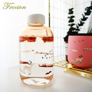 Wholesale Creative Gradient Color Glass Water Bottle with Sleeve Cute Nature Deer Dolphin Bottles ml Tour Sport Bottle Lover Zakka