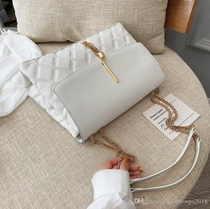 Wholesale Factory wholesale women handbag sweet lovely bow women messenger bag new gold metal lock chain bag contrast serpentine leather bag