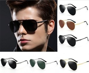 Wholesale 2019 Designer Sunglasses HD Polarized Sun glasses for Men Women Surfing Toad Sunglasses Classic Retro Sunglasses High Quality
