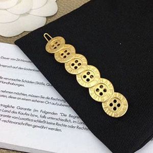 2020 New Ladies'luxury Permutation Button Metal Hairpin C Stamp Golden One Word hair clips Hot Sale Hairdress Best Gift for Girls