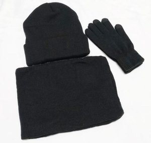 New Designer Hats Scarves Gloves Sets Fashion Scarf Gloves Beanie Cold Weather Accessories Cashmere Gift Sets For Men Women's