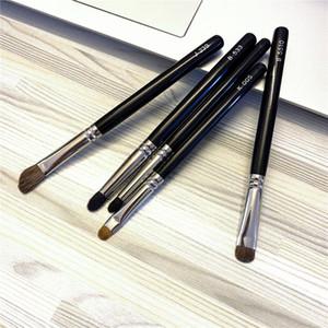 HAKUHODO Makeup Brush J239 B533 B5510 K005 - Japanese Makeup Powder Blush Eyeshadow Blending Brushes