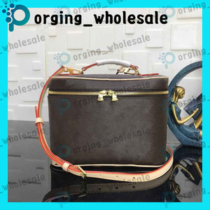 Wholesale make up cases resale online - toiletry fashion lady cosmetic bag pouch bags cosmetic case travel bag wash bags old cobbler wash handbag toilet bag make up bags