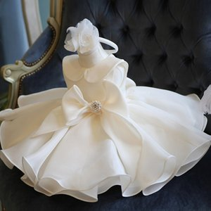 Wholesale girls chrismas dress resale online - Top Quality Bow Girls Pageant Dresses For Baby Girl Princess Flower Chrismas Dress Kids Formal Wedding Party Christening Gown