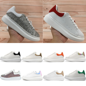 samt rot großhandel-Top Qualität Männer Frauen Plattformschuhe Reflektierende Sneaker Silber Red Pailletten Burgund Multi Color Black Samt Schwanz Royal Snakeskin Casual Trainer