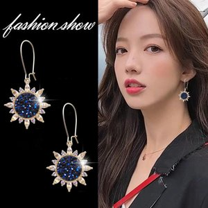 Wholesale dangle earings resale online - Korean New Fashion Top Brand Wedding Shining Jewelry Rhinestone Sunflower Dangle Earrings for Women Crystal Gift Flower Earings