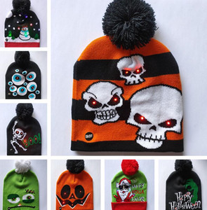 devils gap  großhandel-LED Karikatur Caps Hut Winter Partei Licht Up Beanies Nacht Flash Luminous Cap Weihnachten Halloween Kürbis Schädel Teufel Pom Pom Kappen B82103