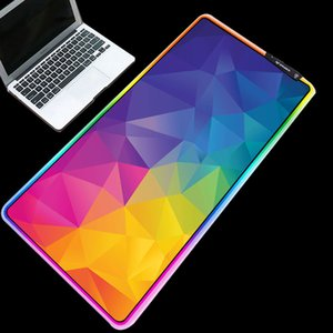 ratos impermeáveis venda por atacado-Colorido Imagem Triângulos Mouse Pad RGB incandescência Waterproof Mice Durable Pads desktop Mat para Gamer Gaming x400 x300mm