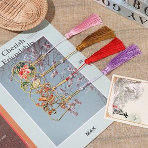 Wholesale bookmarks resale online - Bookmark Book Clip Brass Tassel Pagination Mark Metal Book Markers Color Chinese Style Retro Stationery Stationery New Fashion