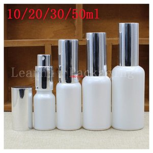 Wholesale use toner for sale - Group buy The White Glass Spray Bottle Silver Lid Used For Toner Protect Wet Water Container DIY Small Tools Personal Care Packing Bottlegood package