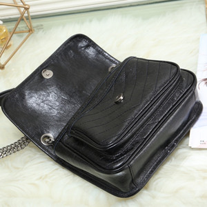 Wholesale oil saddle for sale - Group buy Women s Fashion Luxurious Design Handbag Retro Wax Oil Chain Crossbody Bag Shoulder Bag Messenger bag Casual Genuine Leather