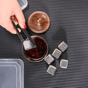 Wholesale stainless steel ice cubes resale online - Stainless Steel Ice Cube Metal Quick frozen Ice Cube Bar Ice Hockey Whiskey Iced Barware Bar Supplies HHXD24356