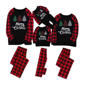 familie pyjamas großhandel-Weihnachtsfamilie Pyjamas Sets Dad Mom Kids Baby Family Matching Christmas Sleepwear Christmas Night Pyjamas Party Tragen Sie EWA1839
