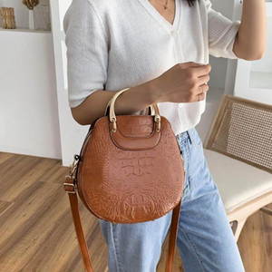 Wholesale bag lady for office resale online - Crocodile Pattern Women s Handbag Bags for Women Luxury Design Shoulder Bag Ladies Office Handbags Messenger Crossbody Bags