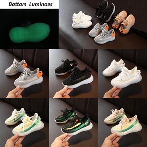 Wholesale shoes luminous children for sale - Group buy 2021 New Bottoms Luminous Soft Infant Kids Running Shoes Reflective Black White Glow Trainer Big Small Boy Girl Children Sneakers v20