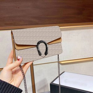Wholesale new trendy handbags for sale - Group buy 2021 new fashion ladies shoulder bag classic chain terms handbag small size clutch purse trendy shopping bag with box
