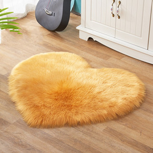 Wholesale rug sales for sale - Group buy Imitation Wool Rug Love Heart Shaped Large Living Room Plush Fashion Carpets Pure Color Sofa Cushion Hot Sale xb3 J2