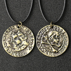 Wholesale pirate coin necklace resale online - Uncharted Necklace Nathan Drake Mysterious Sea Area Skull Cross Bone Pirate Coin Vintage Pendant Movie Game Jewelry J1218