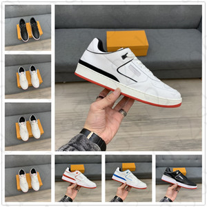 Wholesale good walking shoes for sale - Group buy Good quanlity Rivoli Man walking Sneakers Calfskin Classic Luxury Desingers Montaigne Floral Decoration Bliack White Trainers Low shoes
