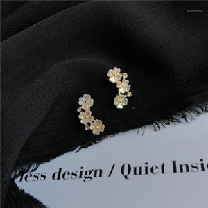 Wholesale stub earrings resale online - Lexie Diary New S925 Silver Plated Stub Sweet Flower Earrings for Women Accessories Jewelry1