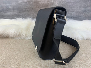 mikoms Brand Classic designer 2019 new fashion Men messenger bags cross body bag school bookbag shouldER handbags man purse hot sell