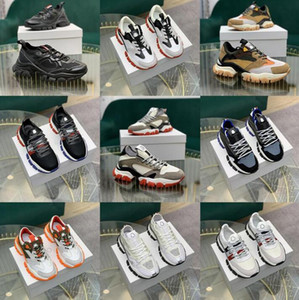 hola tops al por mayor-Top Calidad Italiano Diseñador Hi Hi Top Sneakers Italy Triple S Cuero Plataforma Platform Transters Black Blanco Casual Cortas Laces Shoes