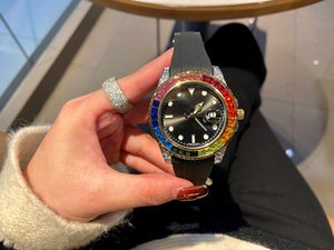 ingrosso colori brillanti-2020 Nuovi designer orologi Rainbow Ring Diamond Watches Five Color Watch Mens Womens Guarda orologi da polso da polso Movimento al quarzo Orologi da uomo
