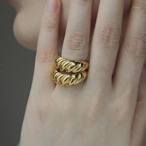 Wholesale index finger gold rings resale online - 2020 New Daily Fashion Index Finger Knuckle Rings For Party Jewelry Croissant Shape K Gold Plated Rings For Women Open1