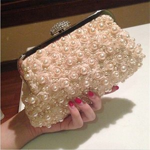 Wholesale white beaded bridal purse for sale - Group buy Women Flower Evening Clutch Ladies Apricot Pearl Beaded Clutches Bags Female Floral Wedding Purses High quality Bridal Bag Q1117